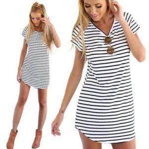 Dresses & Skirts - NWT: Women's Short Sleeve Striped Mini Dress
